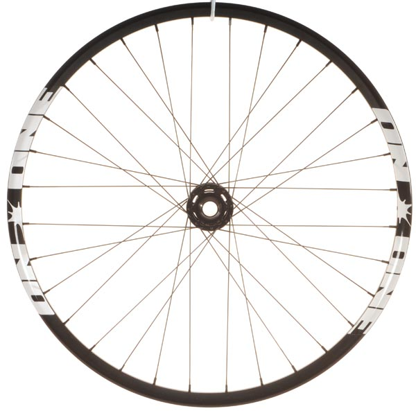 On-One MAX 32H bolt-through wheelset